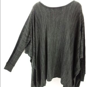 Black Converse One Star loose sweater poncho